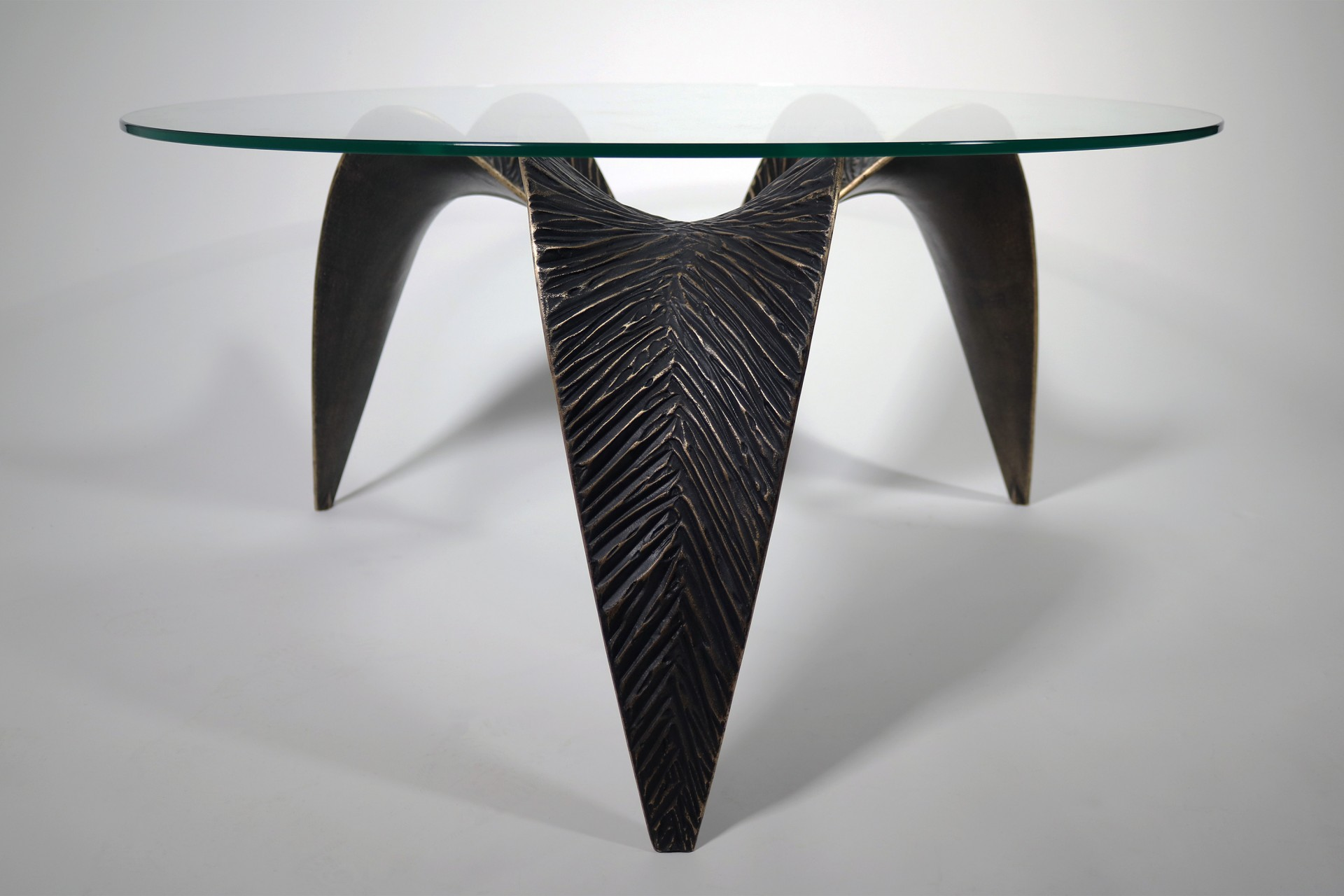 AVB Nikau Table- Front on